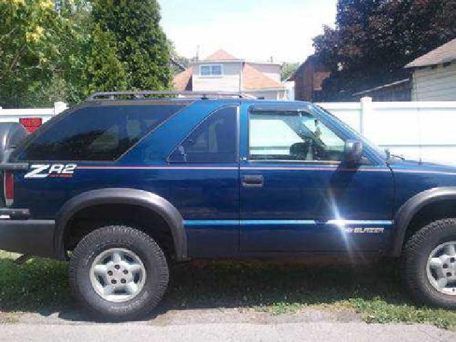 3 000 2000 chevy blazer zr2 for sale in cumberland maryland classified. Black Bedroom Furniture Sets. Home Design Ideas