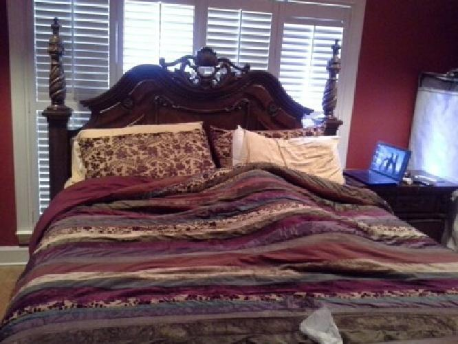 3 000 Obo 7 Pieces King Size Bedroom Set Edwardian Style From Ashley Furniture Store For Sale