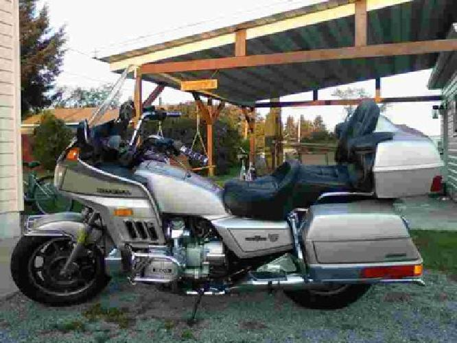 $3,300 1987 Gold Wing -