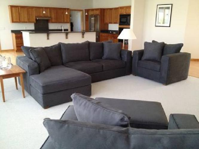 3495 NEW NorwalkR Sectional With Chaise And Chair For