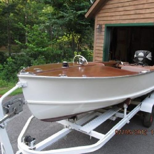 $3,500 1961 Restored Whirlwind Boat