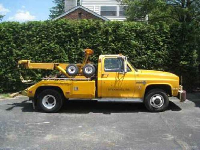 3 500 1985 chevy tow truck 4x4 for sale in broomall pennsylvania classified. Black Bedroom Furniture Sets. Home Design Ideas