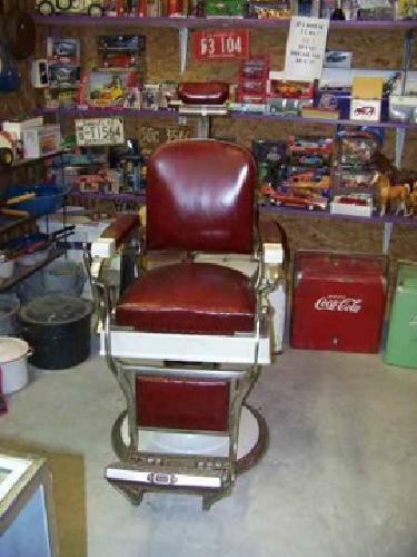 3 500 koken barber chair for sale in the woodlands texas for Tattoo shops in new braunfels