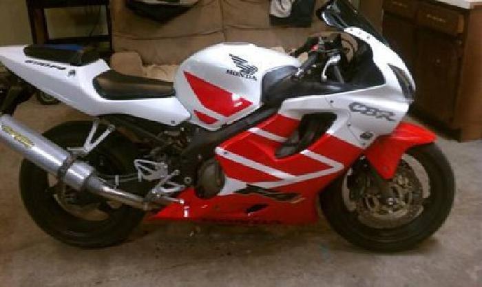 $3,700 2001 cbr 600 f4i 7700 miles, great bike