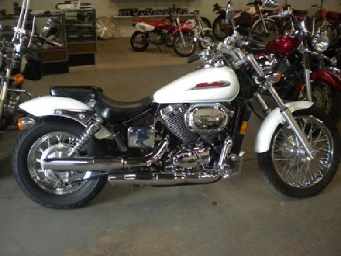 $3,800 OBO 2001 Honda 750 Shadow Spirit