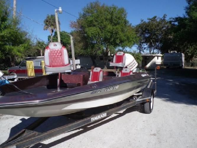 $3,895 OBO 1984 Hydra Sports Bass Boat, 150 Johnson GT for