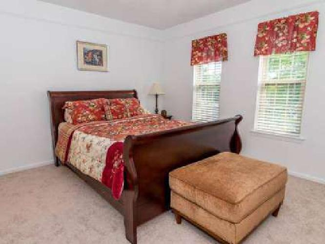 3 Beds - Autumn Ridge Townhomes & Apartments