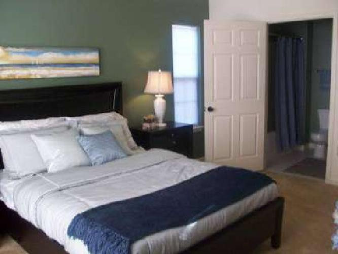 3 Beds - Legacy Pointe Apartments