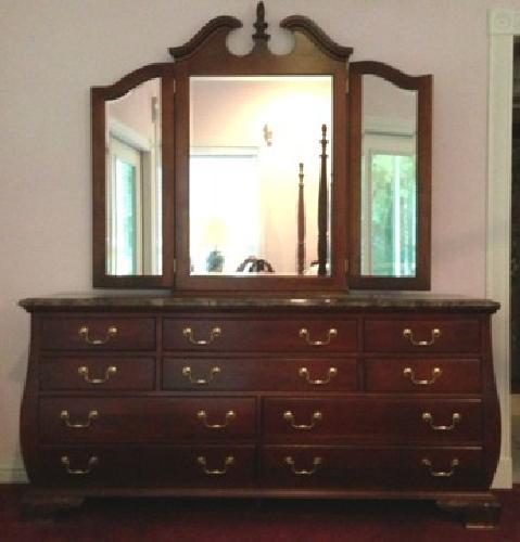400 Beautiful Cherry Bedroom Set Queen W Marble Top