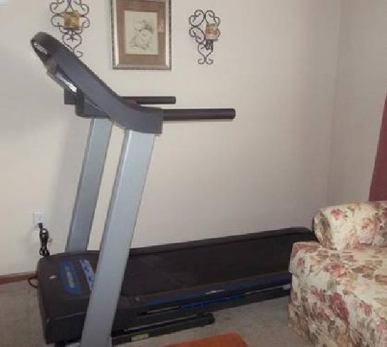 $400 Horizon Treadmill - Like New!