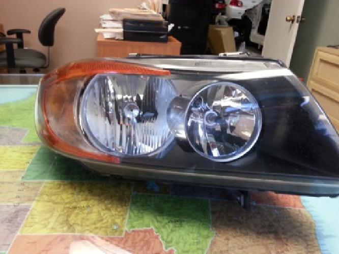 $400 OBO 2007 BMW 328i Headlight