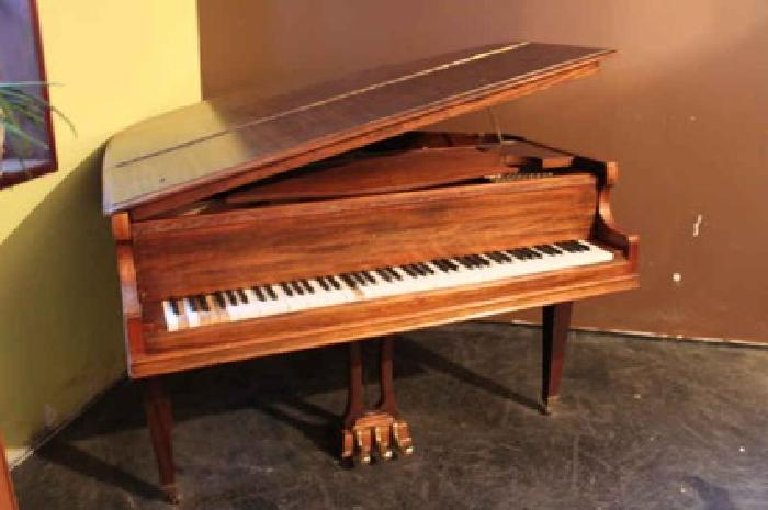 $400 Packard Baby Grand Piano (Wilson)