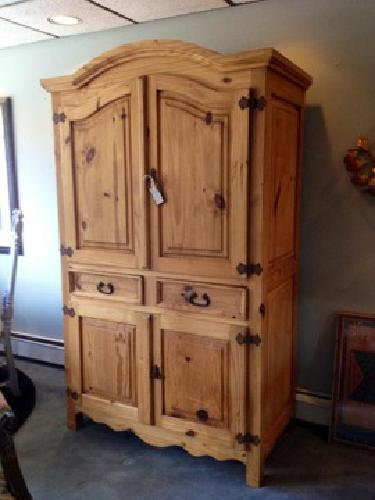 400 rustic pine armoire for sale in carver minnesota. Black Bedroom Furniture Sets. Home Design Ideas