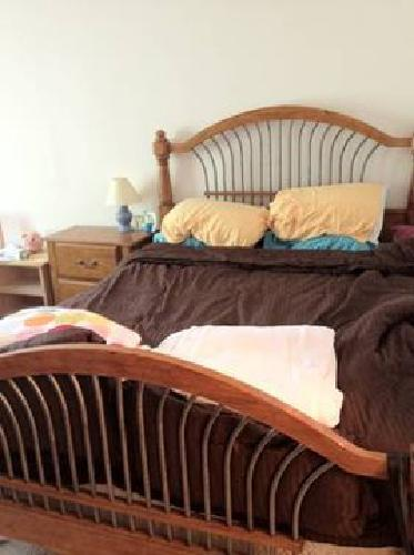 400 Used Queen Wood Iron Bedroom Set Bed Dresser Bedside Table For Sale In Irvine