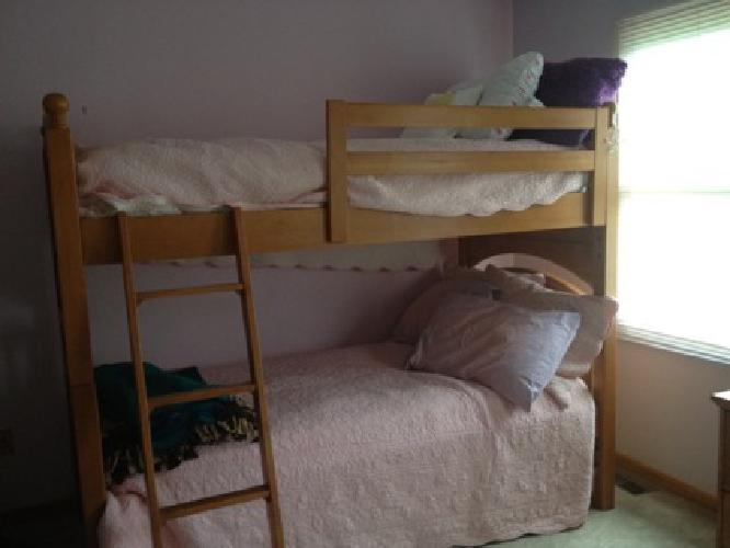 400 wooden bunk beds or 2 twin beds for sale in gahanna for 2 twin beds for sale
