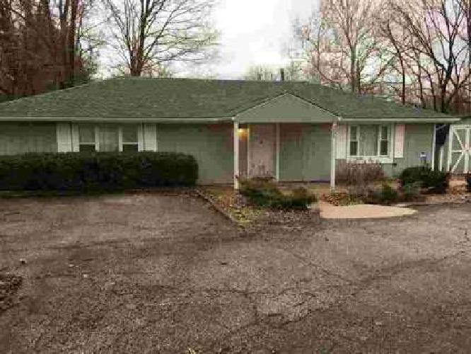 4074 W State Road 45 Bloomington Two BR, Ranch home on 0.83