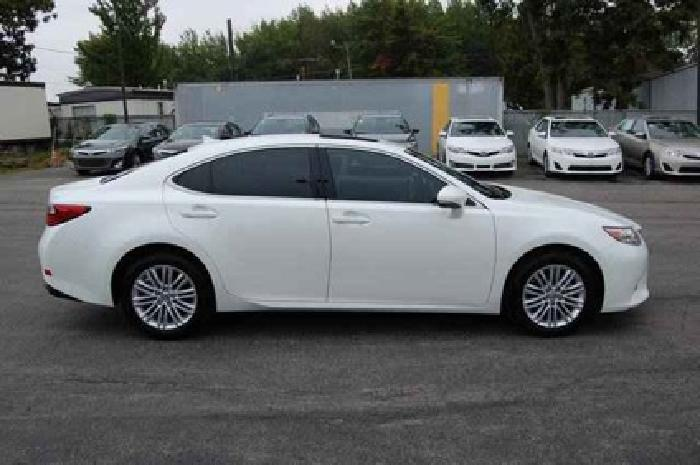 $40,903 2013 Lexus ES 350 4dr Sdn