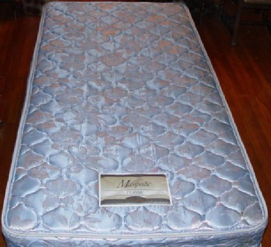 used twin mattress for sale $40 Simmons Maxipedic Twin Mattress Frame Bed   Good Used  used twin mattress for sale