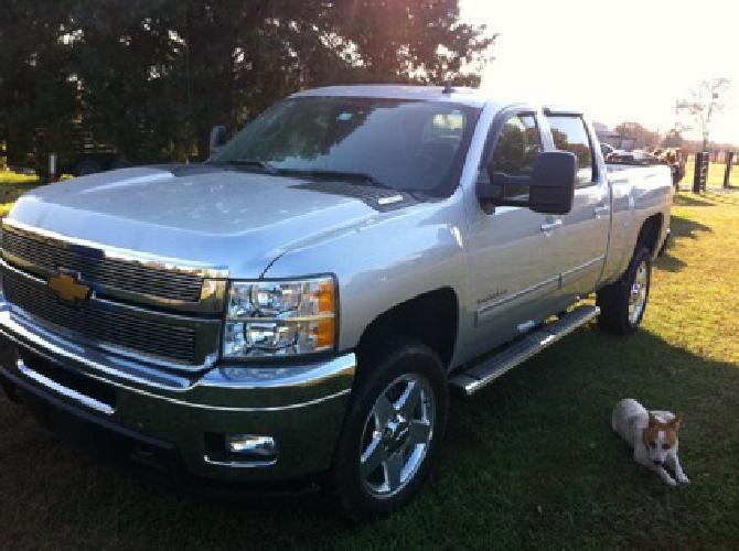 $42,500 OBO 2012 Chevrolet Silverado LTZ W/Z71 Pkg. 4x4*DURAMAX DIESEL*CHAMPAGNE/BLACK LEATH