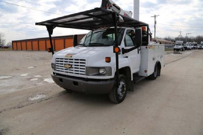 $44,500 Skytel 4TLI-41- 2003 Chevy C4500 4x2 Bucket Truck