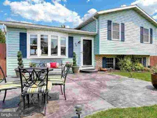 44 Allen Dr Hanover Four BR, Come home to a vacation every day!