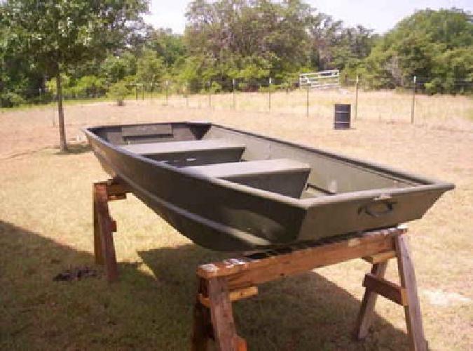 $450 10 ft  x 48 in  Alumacraft fishing Jon Boat for sale in