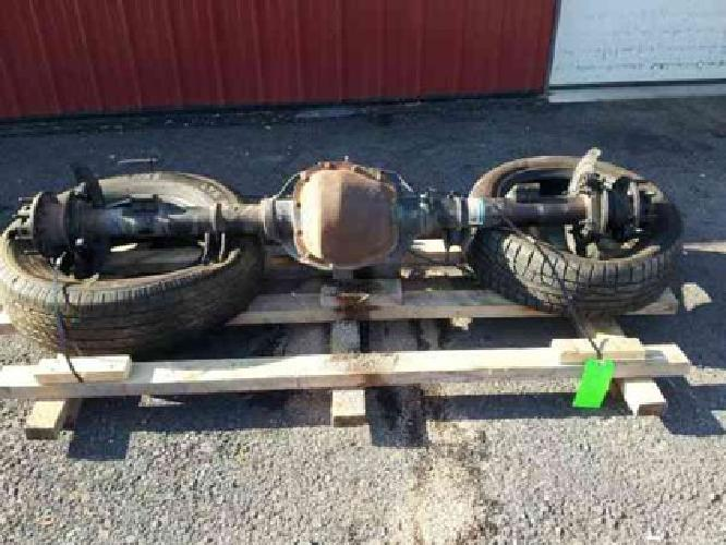 450 2007 Ford F350 Rear Differential Axle Assembly