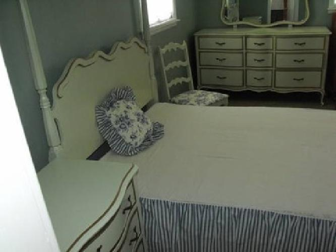 450 Drexel Touraine French Bedroom Set In Perfect