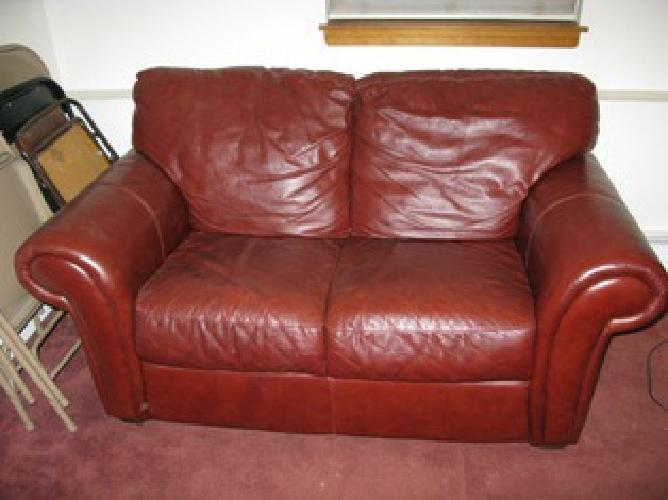 450 Italian Leather Love Seat Maroon For Sale In Lake