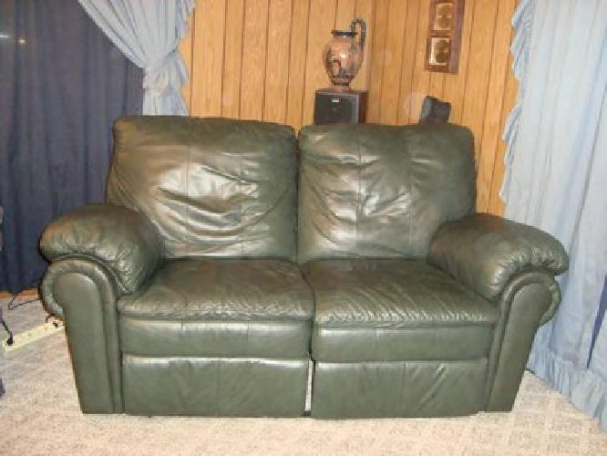 450 Love Seat Sofa Leather Reclining Forest Green For