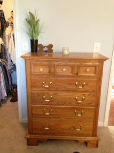 450 obo oak bedroom suit tall and short dresser w mirror nightstand headboard fram for for North carolina furniture bedroom sets