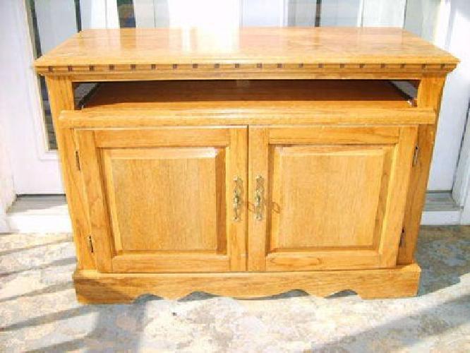 45 Solid Oak Desk For Sale In Erwin Tennessee Classified