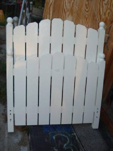 45 White Picket Fence Bed Frame