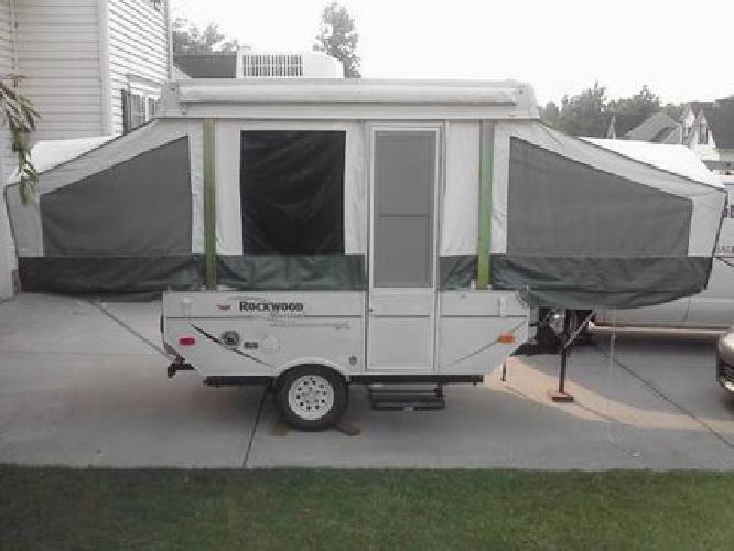 4 000 popup pop up camper trailer 2007 rockwood model 1640 ltd for sale in simpsonville south. Black Bedroom Furniture Sets. Home Design Ideas