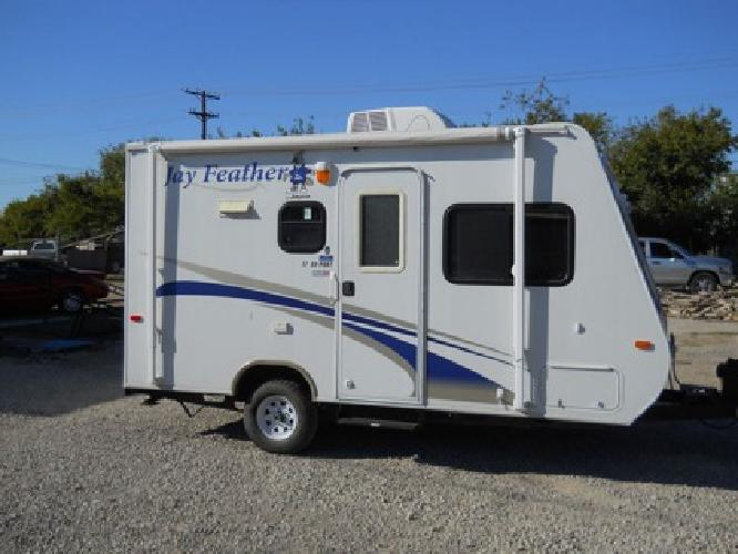Travel Trailer Rvs Large And Small Travel Trailers For