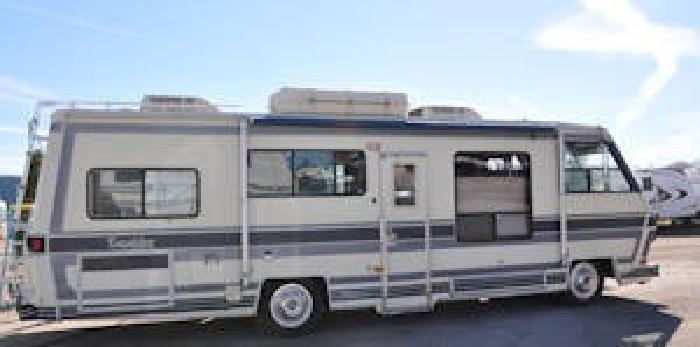 $4,900 1985 Excalibur Motorhome - 33k miles - Sleeps 7 for sale in