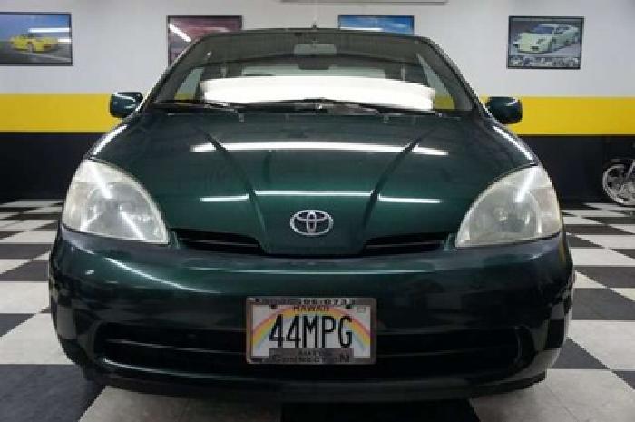 $4,990 2002 Electric Green Mica Toyota Prius
