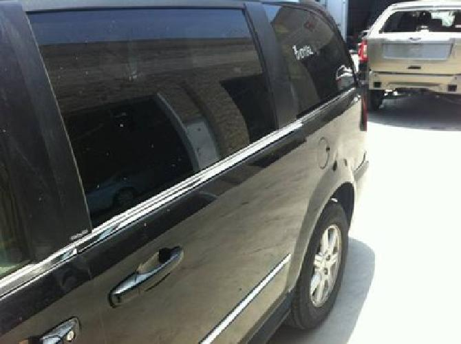 500 2012 chrysler town and country rim and tire rear for sale in sun valley california. Black Bedroom Furniture Sets. Home Design Ideas