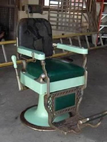 500 Antique Barber Chair For Sale