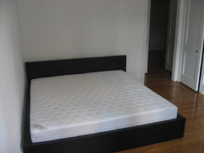 500 ikea king size bed including high end box spring for Furniture r us philadelphia