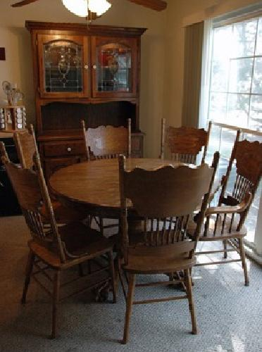 500 oak dining set table 6 chairs large hutch for sale for Dining table and hutch set