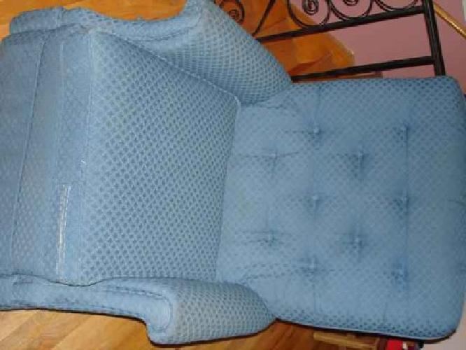 $50 CHAIR, Recliner chair with removeable cushion, Light Blue in good condition