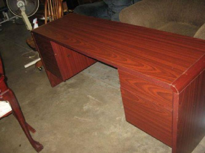 50 Nice Long Cherry Wood Thin Desk With 2 File Drawers And 2 Others For Sale In Jacksonville
