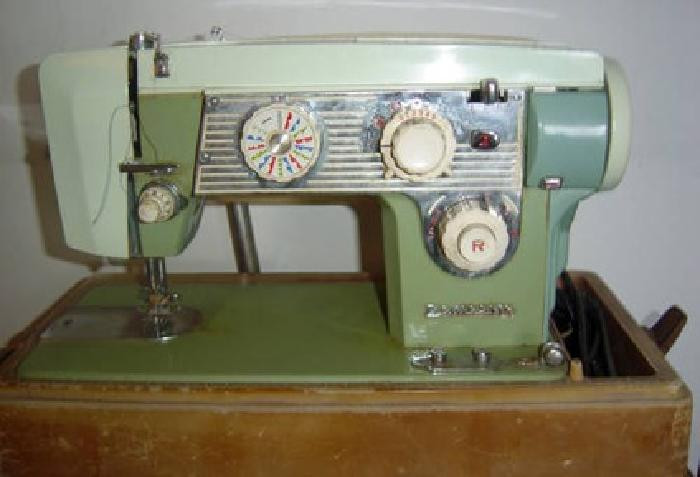 40 Vintage Domestic Sewing Machine Two Toned Green Model 40 For Awesome Antique Domestic Sewing Machine