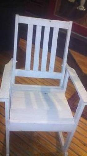 $50 White Rocking Chairs