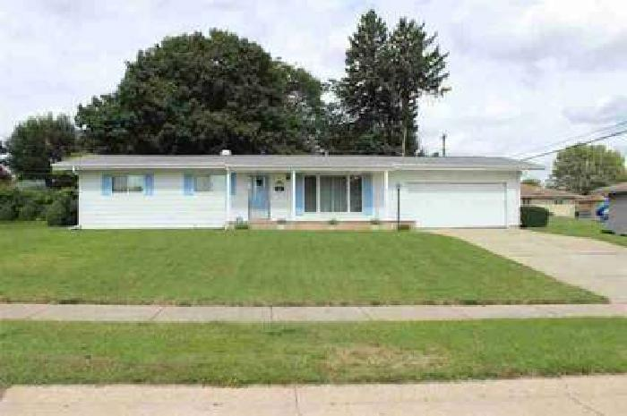 5121 W Washington Street South Bend Three BR, Great home on the