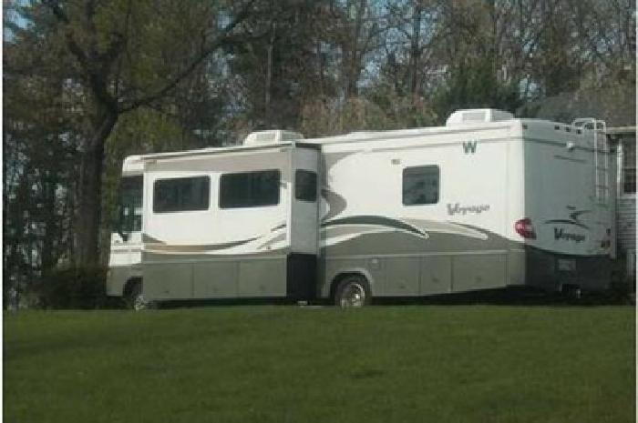 $53,500 2005 Winnebago Voyage 33V Class A RV