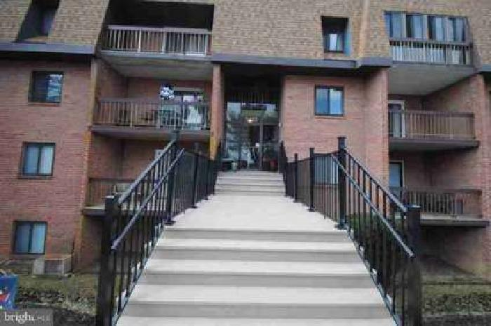 54235b4 Golfview Dr #B4 Wilmington, Linden Green Condo in