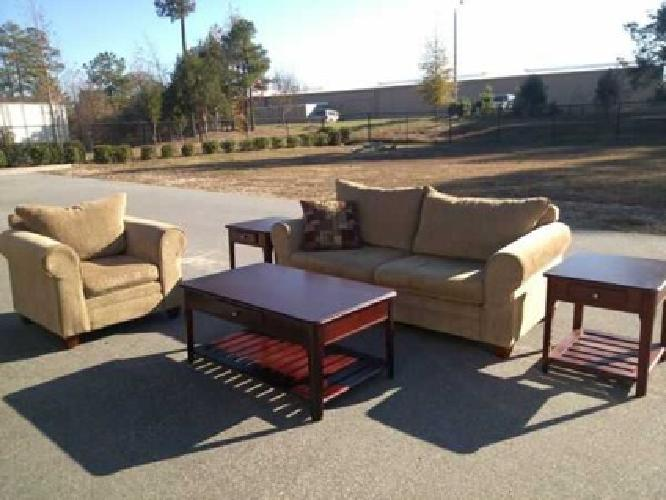 550 5pc Living Room Set Sofa Chair Tables Excellent