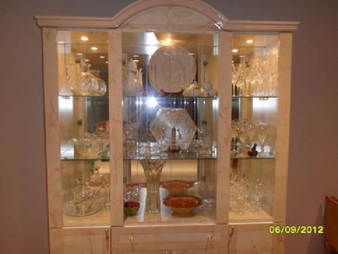 italian lacquer dining room furniture | $550 Italian lacquer dining room set in mint condition for ...